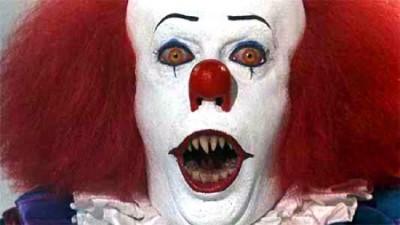 pennywise clown it tm 400x225 Идеи за грим на Хелоуин